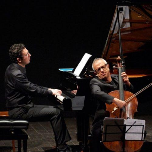 Duo Giovanni Sollima violoncellista Giuseppe Andaloro pianista