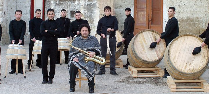 Enzo Avitabile & I Bottari di Portico e Black Tarantella Band