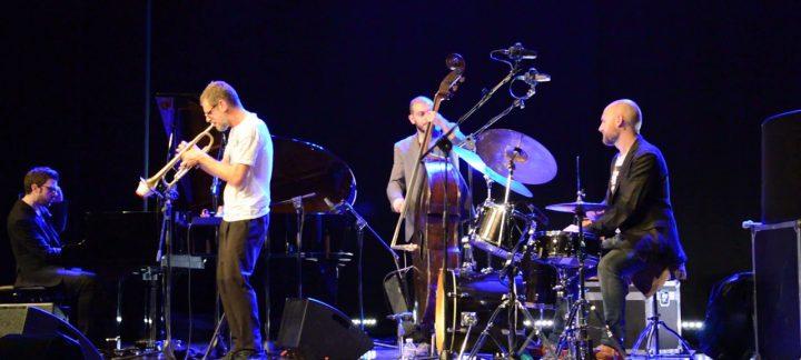 """Fabrizio Bosso Quartet & Estro String Orchestra in """"Voce di Terra"""" di Paola Crisigiovanni"""