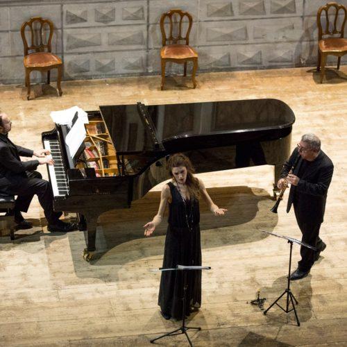 """""""Canzoni Libere"""" di Cristina Zavalloni con Mirabassi e Rebaudengo all'Università degli Studi dell'Aquila"""