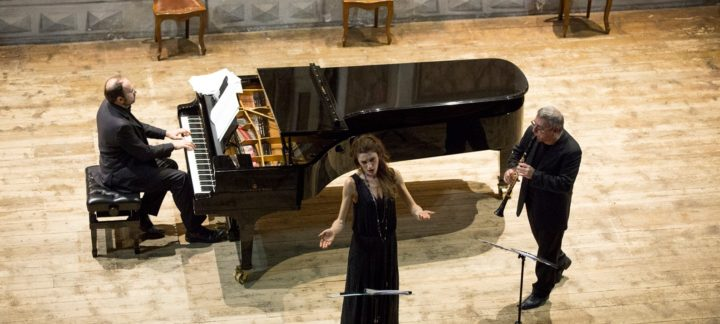 """""""Canzoni Libere"""" di Cristina Zavalloni con Mirabassi e Rebaudengo. Concerto per Università degli Studi dell'Aquila"""